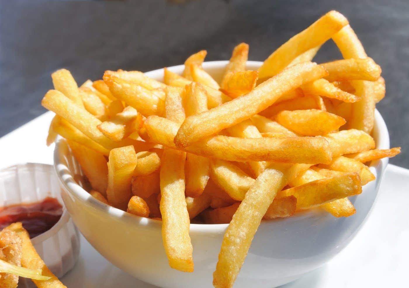 b5464d-splendid-table-french-fries.jpg